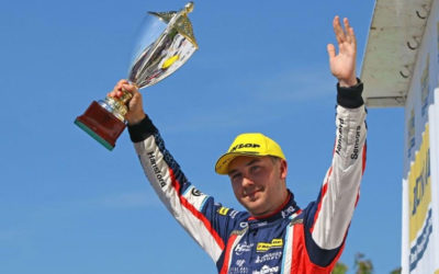 Tom Ingram closes in on the top of the Dunlop BTCC title standings.